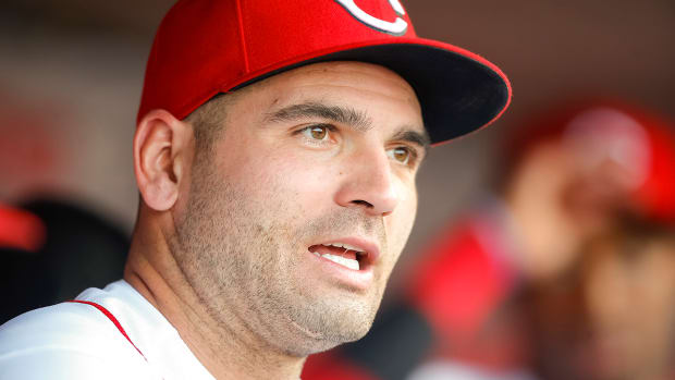 joey-votto-comments-james-paxton-canada.jpg