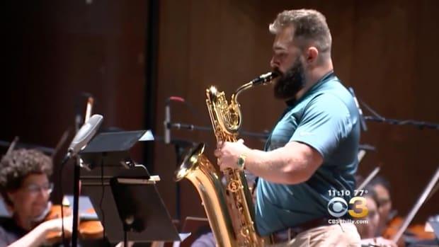eagles-jason-kelce-saxophone-philadelphia-orchestra-video.png