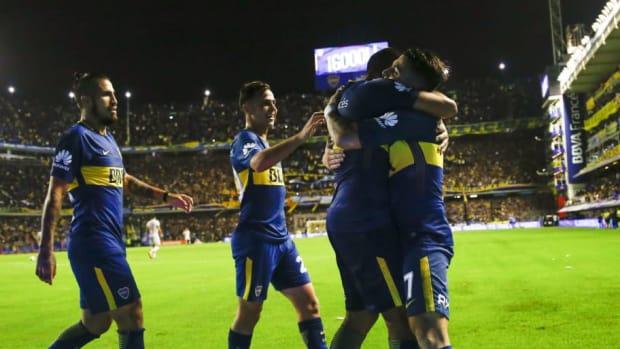 boca-juniors-v-union-de-santa-fe-superliga-2017-18-5b53e9d6f7b09d5f4d000001.jpg
