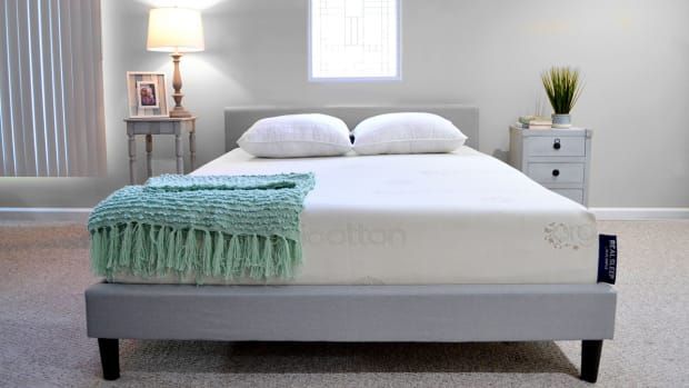 real-simple-mattress-athletes-lead.jpg