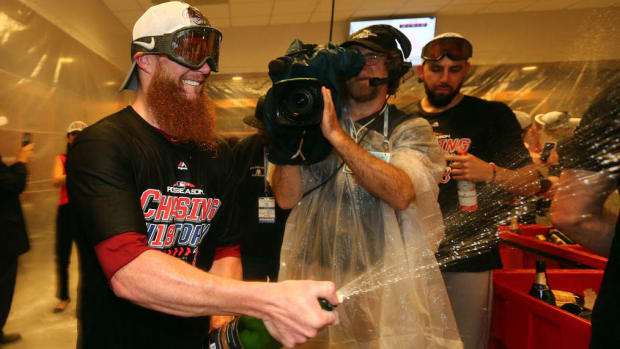 red-sox-new-york-new-york-clubhouse.jpg