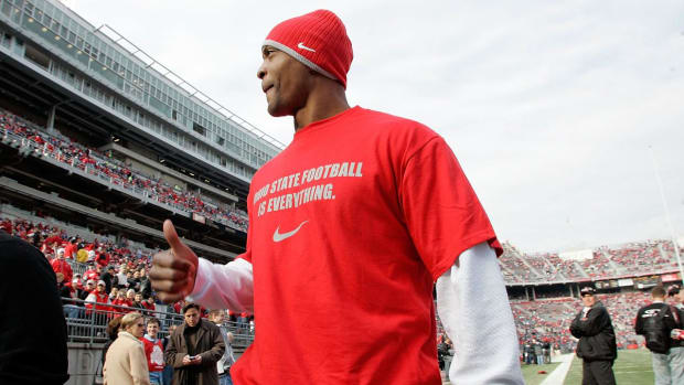 """Former Ohio State Star Eddie George Sees """"Dysfunction"""" At His Alma Mater"""
