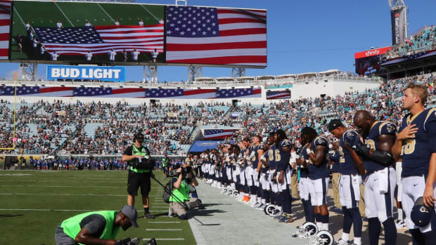 NFLPA Files Grievance Over NFL's New National Anthem Policy - IMAGE