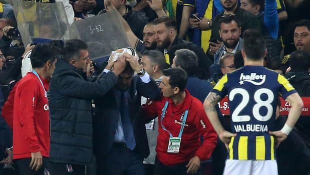coach-turkey-injured-senol.jpg