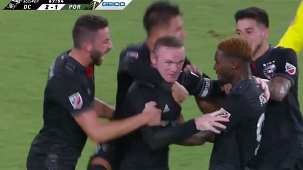 wayne-rooney-goal-video-dc-united.png
