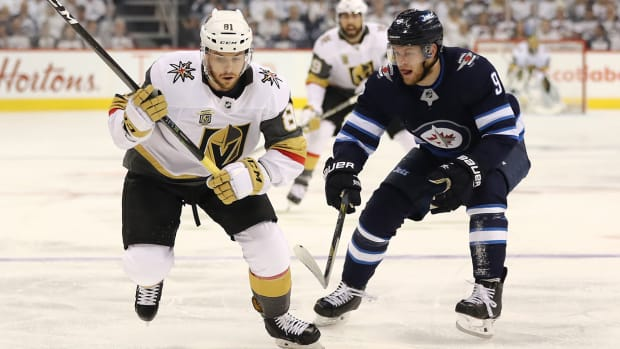jonathan-marchessault-golden-knights-jets-game2-nhl-playoffs.jpg