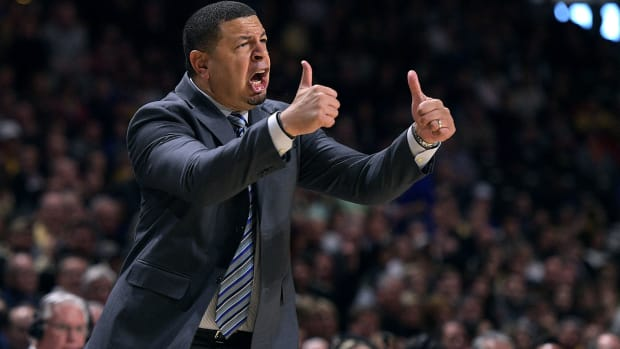 jeff-capel-pittsburgh-head-coach-duke-basketball.jpg