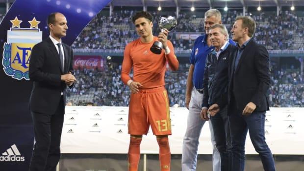 argentina-v-mexico-international-friendly-5bf2eebc03db5d54f4000001.jpg