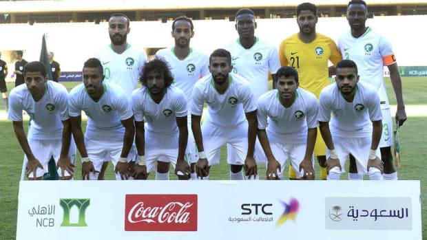fbl-saudi-greece-friendly-5b0e7a9773f36c846d000001.jpg