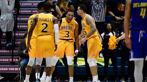 Drexel Sets D1 Men's Basketball Record With 34-Point Comeback vs. Delaware  - IMAGE