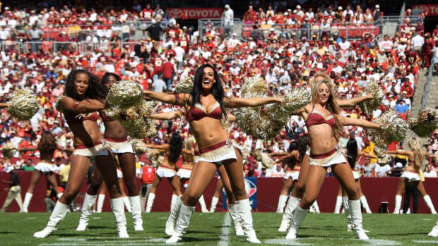 Report: Redskins Cheerleaders Felt Team Was 'Pimping' Them Out On 2013 Costa Rica Trip - IMAGE