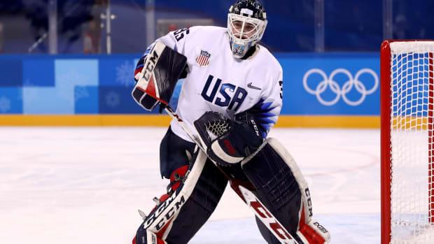 usa-hockey-ioc-statue-liberty-olympics-pyeongchang.jpg