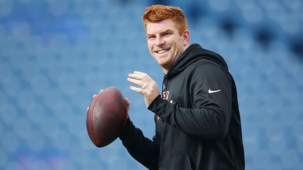bengals-andy-dalton-charity-bills-fans-donate.jpg