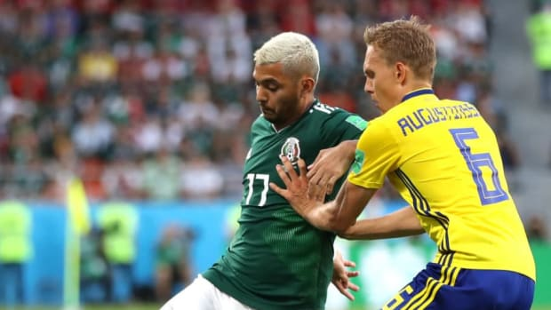 mexico-v-sweden-group-f-2018-fifa-world-cup-russia-5b354a7f7134f63f7f000005.jpg