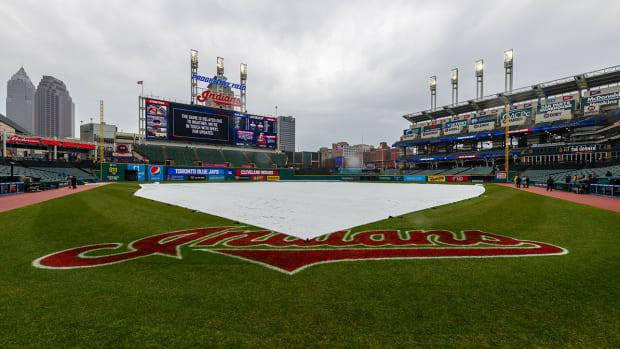 weather-rain-snow-postpone-games.jpg