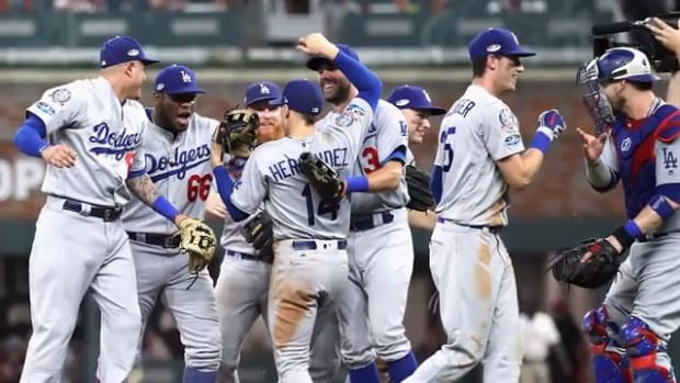 Dodgers Defeat Braves in Game 4, Advance to Third Straight NLCS--IMAGE