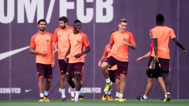 fc-barcelona-training-session-5aeec3773467ace51e000007.jpg