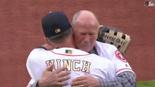 astros-rich-dauer-near-death-experience-first-pitch-video.png