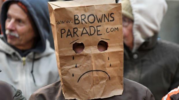 browns-parade.jpg