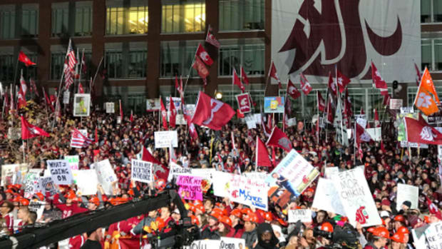 washington-state-oregon-gameday-signs.jpg