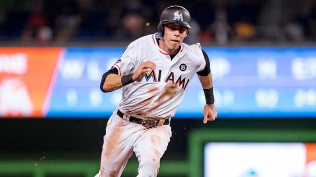 Marlins Trade Outfielder Christian Yelich to Brewers - IMAGE