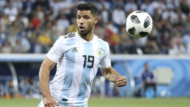 argentina-v-croatia-group-d-2018-fifa-world-cup-russia-5b30cde0347a02e23800003b.jpg
