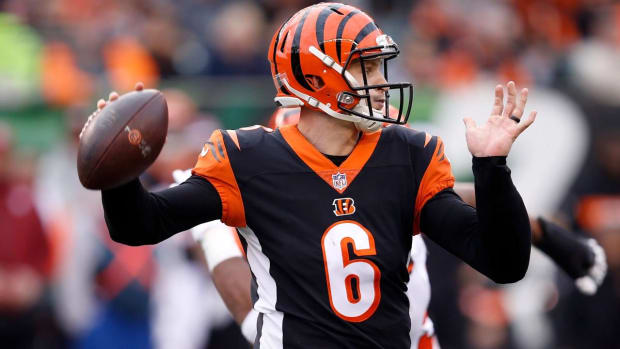 Bengals' Andy Dalton Placed on IR, Jeff Driskel Likely Starter in Week 13--IMAGE
