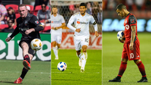 rooney-vela-giovinco-mls-week-32.jpg
