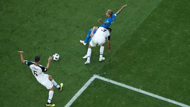 neymar-brazil-dive-var-world-cup.jpg
