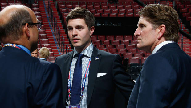 kyle-dubas-maple-leafs-general-manager.jpg