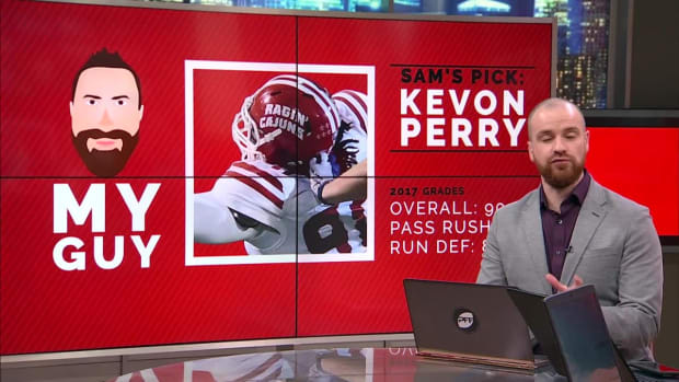 "Pro Football Focus Analysts Make the Case for ""Their Guys"" at Defensive Tackle - IMAGE"