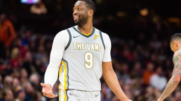 Cavaliers Send Dwyane Wade Back to Miami--IMAGE