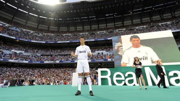 real-madrid-s-new-player-portuguese-cris-5b62b2e254baaab575000001.jpg