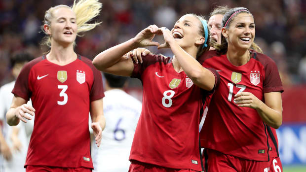 uswnt-tournament-of-nations-red.jpg