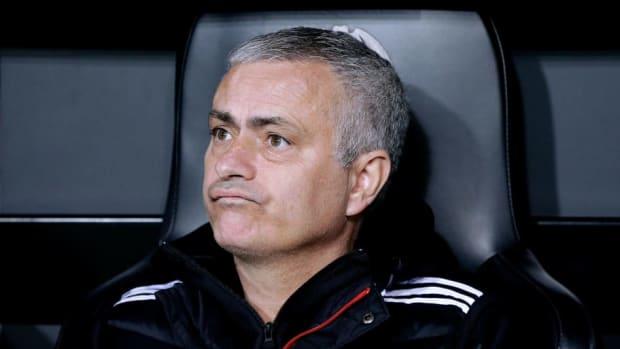 valencia-v-manchester-united-uefa-champions-league-5c129d3baff24fb0ec000001.jpg