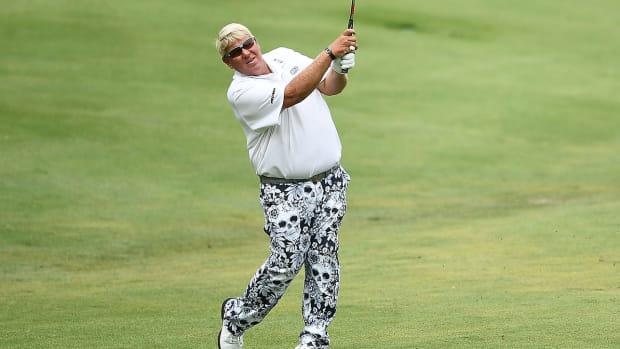 john-daly-us-senior-open-knee-golf-cart.jpg