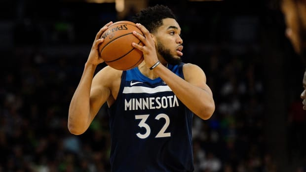 Timberwolves, Karl-Anthony Towns Agree To Five-Year, $190 Million Extension--IMAGE