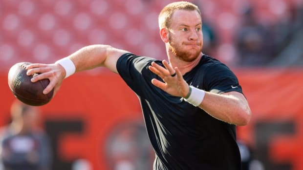 Doug Pederson: Carson Wentz Still Not Cleared By Doctors For Contact--IMAGE