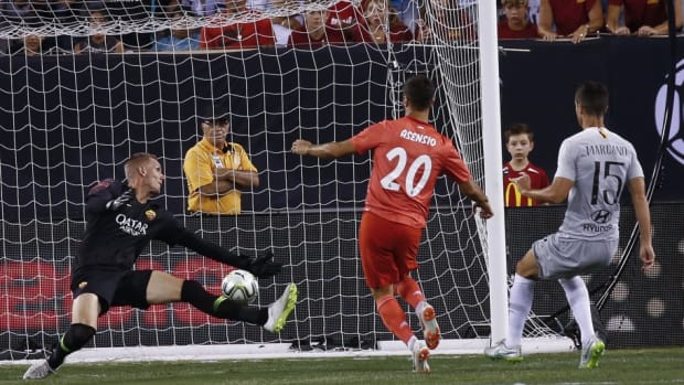 real-madrid-v-as-roma-international-champions-cup-2018-5ba0d7f7e943ec751f000003.jpg