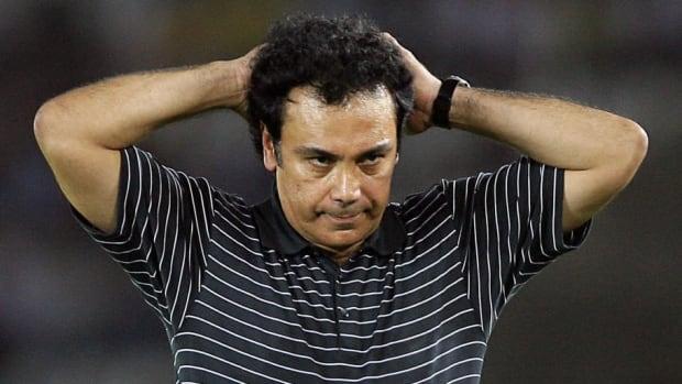 mexican-national-soccer-team-coach-hugo-5bdb6f0baf9f48d4bc000001.jpg