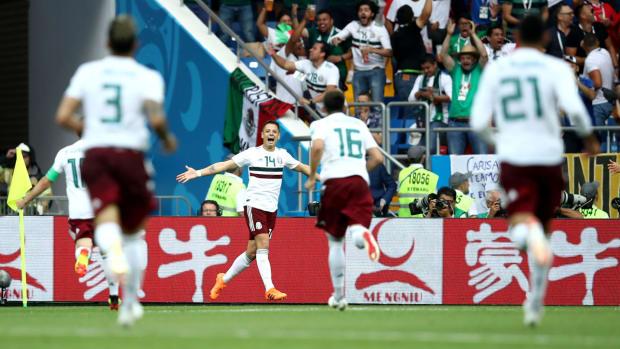chicharito-goal-mexico-south-korea.jpg