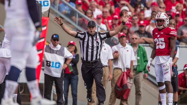 college-football-targeting-rules-explained-helmet.jpg