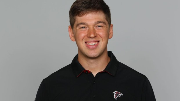Lane Kiffin Hires 24-Year-Old Charlie Weis Jr. as Florida Atlantic's Offensive Coordinator - IMAGE
