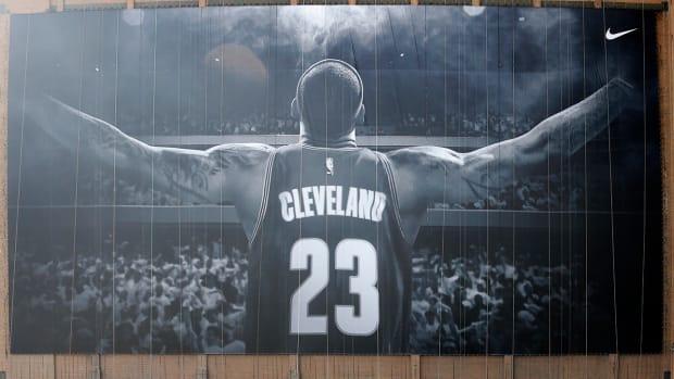 lebron-james-cleveland-banner.jpg
