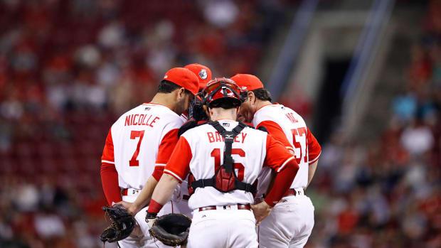 mound-visit-pitch-clock.jpg