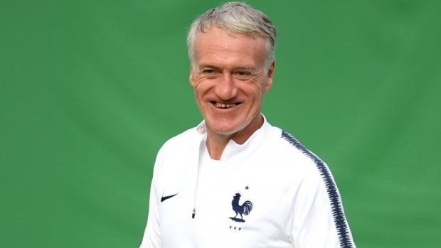 france-press-conference-training-session-2018-fifa-world-cup-russia-5b4b083af7b09df576000025.jpg