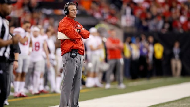 Restaurant Chain Bob Evans Halts Relationship With Urban Meyer - IMAGE