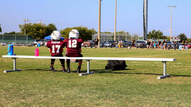 youth-football-america-illinois-ban.jpg