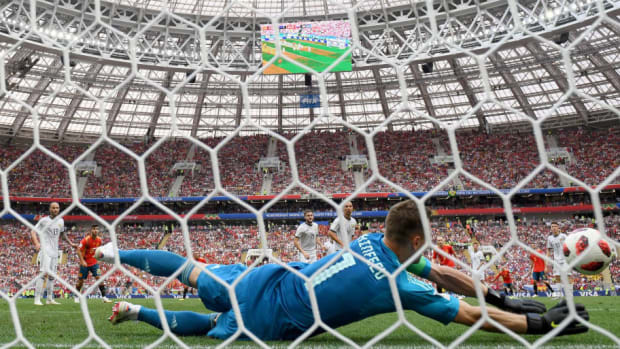 spain-v-russia-round-of-16-2018-fifa-world-cup-russia-5b390600347a02bcd000000f.jpg
