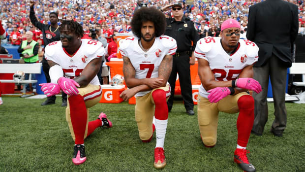 NFL's Proposed National Anthem Rules: Penalties for Kneeling Being Considered - IMAGE
